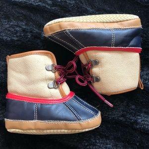 baby GAP soft bottom winter boots size 12-18m